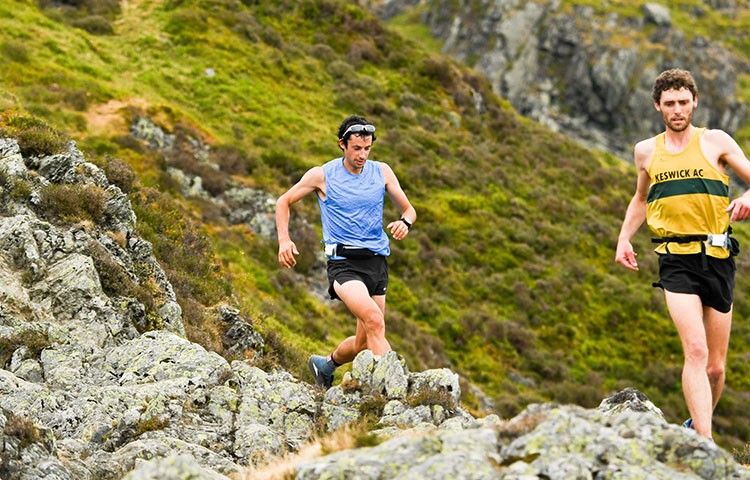 Kilian Jornet bate el récord de la Bob Graham Round, Lake District: 12:52h